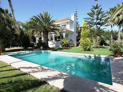 Picture of Villa For Sale Nueva Andalucia