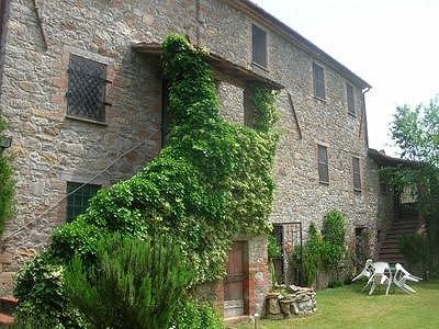 6 bedroom farmhouse for sale, Mugnano, Perugia, Umbria