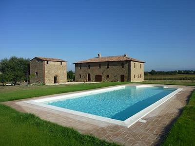 Image 1 | 6 bedroom farmhouse for sale with 0.3 hectares of land, Panicale, Perugia, Umbria 153465