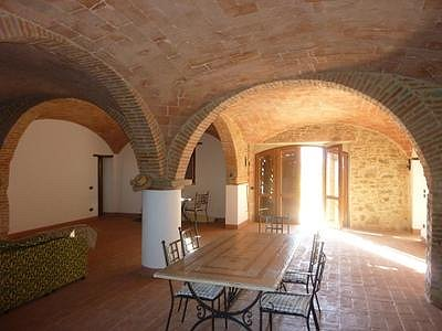 Image 3 | 6 bedroom farmhouse for sale with 3,000m2 of land, Panicale, Perugia, Umbria 153465