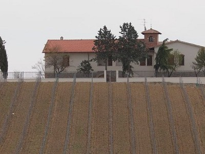 Image 3 | 4 bedroom farmhouse for sale with 1 hectares of land, San Gimignano, Siena, Chianti 153614