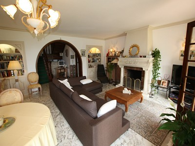 Image 2 | 4 bedroom villa for sale with 1,150m2 of land, Cap d'Ail, Eze Cap d'Ail, French Riviera 153683