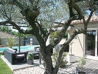 Picture of 10 minutes from Uzes Villa For Sale
