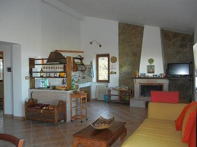 Image 11 | 2 bedroom house for sale with 1,600m2 of land, Paciano, Perugia, Umbria 156413