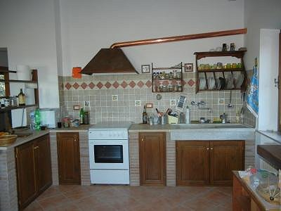 Image 13 | 2 bedroom house for sale with 1,600m2 of land, Paciano, Perugia, Umbria 156413