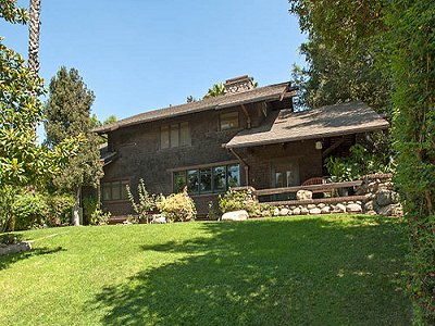 Pasadena, North East of Santa Monica House For Sale