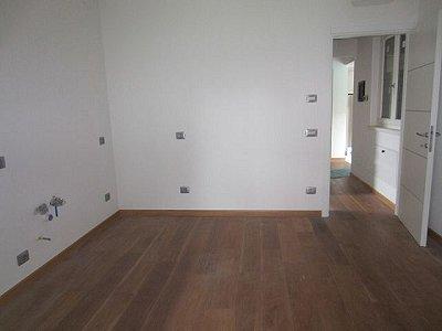 Image 7   3 bedroom villa for sale with 1,200m2 of land, Lesa, Novara, Lake Maggiore 156635
