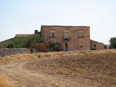 Image 7 | Farmhouse for sale with 1 hectares of land, Sampieri, Ragusa, Sicily 156684