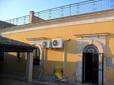 Image 3 | Villa for sale with 1,000m2 of land, Pozzallo, Ragusa, Sicily 156688