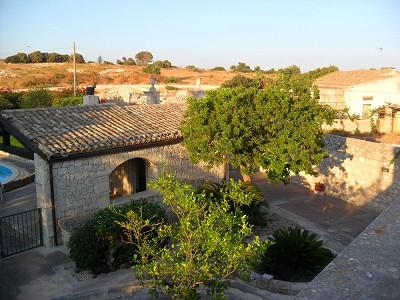 Image 4 | Villa for sale with 1,000m2 of land, Pozzallo, Ragusa, Sicily 156688