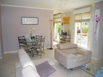 Image 3 | 3 bedroom apartment for sale with 86m2 of land, Valbonne, Provence 156927