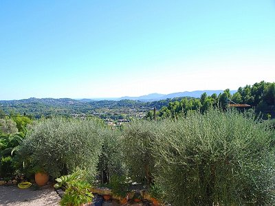 Image 2 | 3 bedroom villa for sale with 0.21 hectares of land, Chateauneuf, Grasse, French Riviera 156936