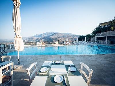 Georgioupolis Villa For Sale