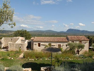 Montpellier Area Farmhouse For Sale