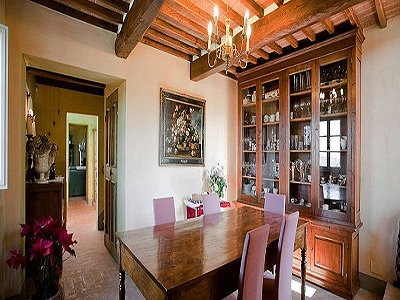Image 10   17th century Villa and guest house in Arezzo, Tuscany for sale with 600000m2 of land. 157952
