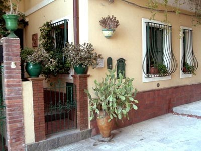 Image 2 | 3 bedroom apartment for sale with 120m2 of land, Taormina, Messina, Sicily 158066