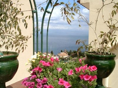 Image 4 | 3 bedroom apartment for sale with 120m2 of land, Taormina, Messina, Sicily 158066