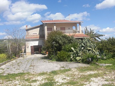 Image 2 | 5 bedroom villa for sale with 3,000m2 of land, Agrigento, Sicily 158522