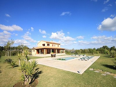 Image 1 | 4 bedroom villa for sale, Alcudia, Mallorca 158686