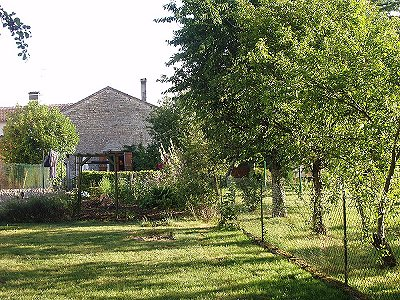 2 bedroom house for sale, Chaunay, Vienne, Poitou-Charentes