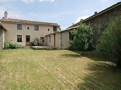 2 bedroom house for sale, Brux, Vienne, Poitou-Charentes