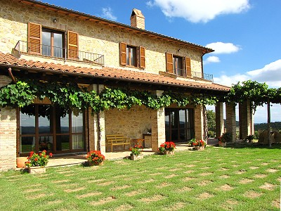 Image 11 | 6 bedroom farmhouse for sale with 27 hectares of land, Montegabbione, Terni, Umbria 159613