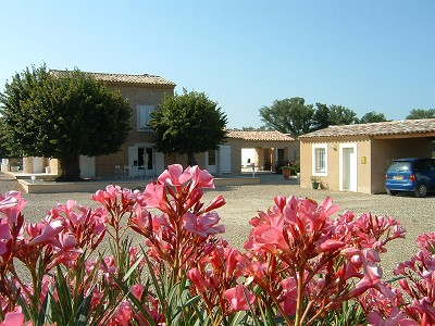Image 2 | 4 bedroom farmhouse for sale with 1.9 hectares of land, Greoux les Bains, Alpes-de-Haute-Provence 4, Provence 159746