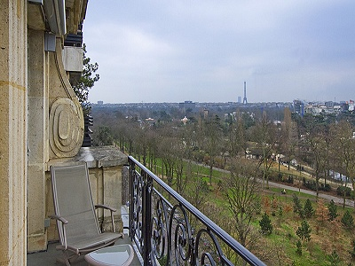 Stunning Paris Apartment for Sale with 2 bedrooms
