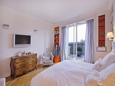 Image 7 | Stunning Paris Apartment for Sale with 2 bedrooms 160098