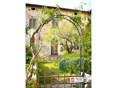 Image 3 | 20 bedroom farmhouse for sale with 400,000m2 of land, Gaiole in Chianti, Siena, Chianti 160848