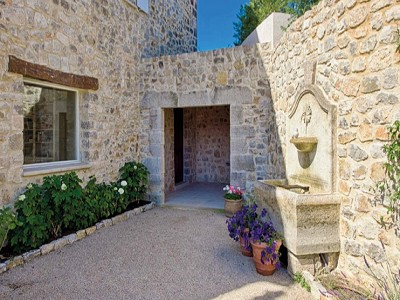 Image 8 | 8 bedroom farmhouse for sale with 1 hectares of land, Grasse, Cote d'Azur French Riviera 161328