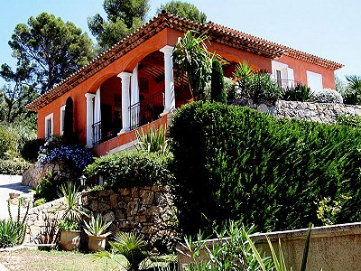 4 bedroom house for sale, Tourrettes, Var, Cote d'Azur French Riviera