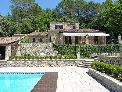 4 bedroom farmhouse for sale, Bargemon, Var, Provence