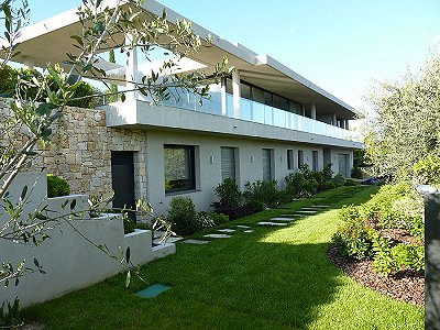 Image 2 | 4 bedroom house for sale with 3,000m2 of land, Montauroux, Var , Cote d'Azur French Riviera 161697