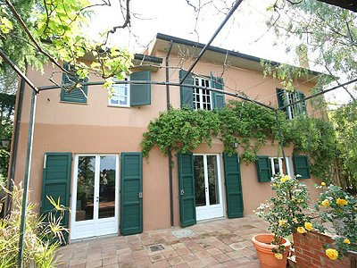 Image 3 | 3 bedroom farmhouse for sale with 14.2 hectares of land, Castagneto Carducci, Livorno, Tuscany 161870