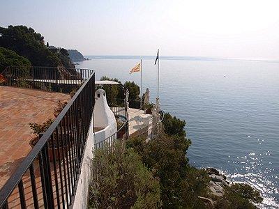 Image 3   3 bedroom villa for sale with 1,295m2 of land, La Montgoda, Lloret de Mar, Girona Costa Brava, Catalonia 162490