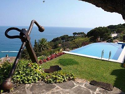 Image 3   4 bedroom villa for sale with 1,122m2 of land, Cala Canyelles, Lloret de Mar, Girona Costa Brava, Catalonia 162499