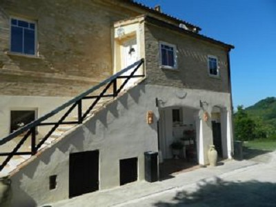 6 bedroom farmhouse for sale, San Ginesio, Macerata, Marche