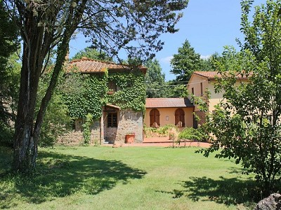 10 bedroom farmhouse for sale, Bucine, Siena, Tuscany