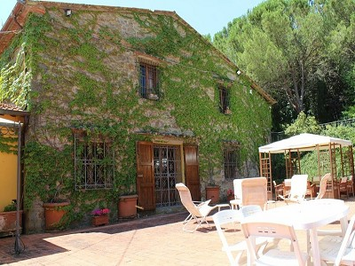 Image 11 | 10 bedroom farmhouse for sale with 2 hectares of land, Bucine, Siena, Tuscany 162769