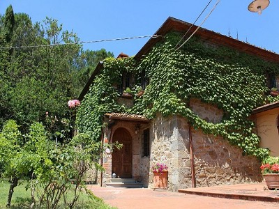 Image 14 | 10 bedroom farmhouse for sale with 2 hectares of land, Bucine, Siena, Tuscany 162769