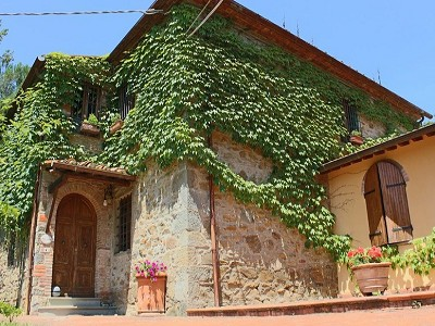 Image 15 | 10 bedroom farmhouse for sale with 2 hectares of land, Bucine, Siena, Tuscany 162769