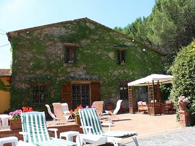 Image 5 | 10 bedroom farmhouse for sale with 2 hectares of land, Bucine, Siena, Tuscany 162769