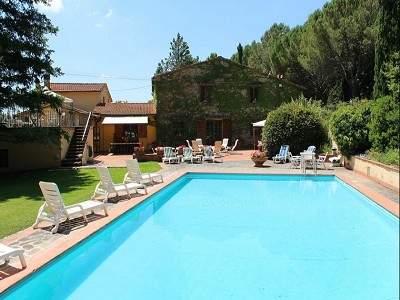 Image 9 | 10 bedroom farmhouse for sale with 2 hectares of land, Bucine, Siena, Tuscany 162769