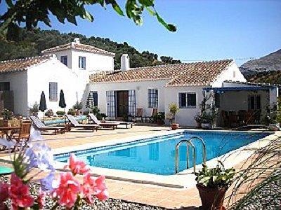 5 bedroom farmhouse for sale, Antequera, Malaga Costa del Sol, Andalucia