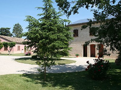 Image 2 | 11 bedroom manor house for sale with 25,000m2 of land, Morrovalle, Macerata, Marche 162998