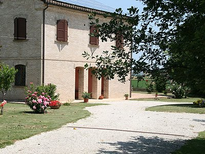 Image 3 | 11 bedroom manor house for sale with 25,000m2 of land, Morrovalle, Macerata, Marche 162998