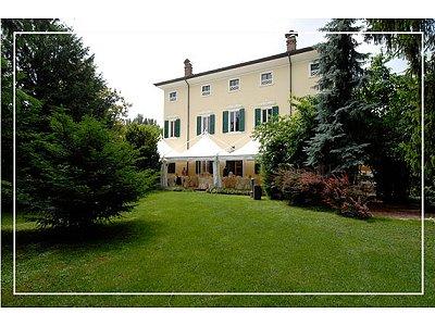 Image 2 | 10 bedroom villa for sale with 1 hectares of land, Stuffione di Ravarino, Modena, Emilia-Romagna 163003
