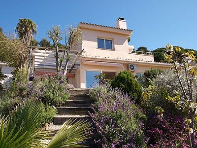Image 2   3 bedroom house for sale with 850m2 of land, Blanes, Girona Costa Brava, Catalonia 163049
