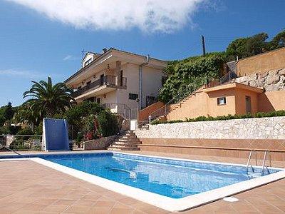 Image 2   9 bedroom villa for sale with 2,000m2 of land, Lloret de Mar, Girona Costa Brava, Catalonia 163050